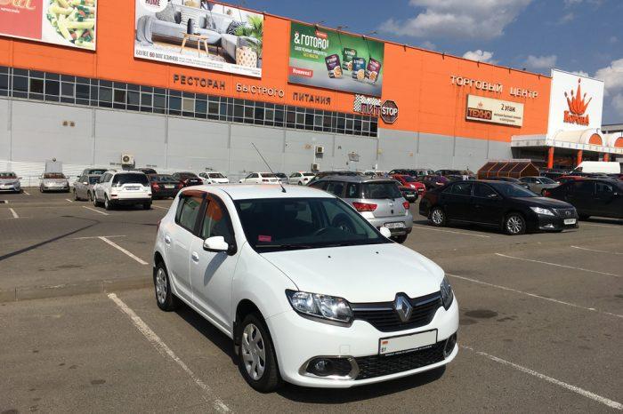Renault Sandero (Белый)